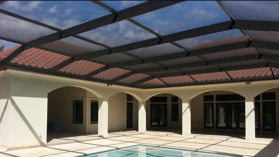 Pool enclosure for Gulf Breeze, Navarre, Pensacola and Destin